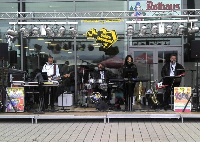 2011-Neue-Messe-Freiburg-Open-Air-(3)